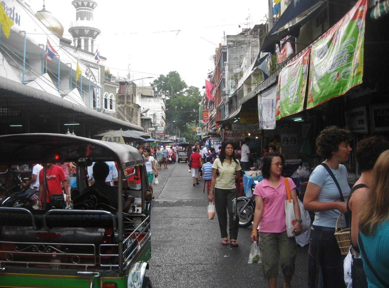 outdoor-market-Bangkok